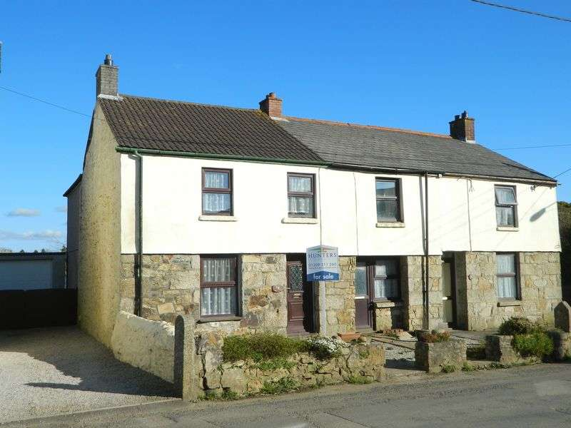 3 Bedrooms Terraced House for sale in Penhale Road, Camborne