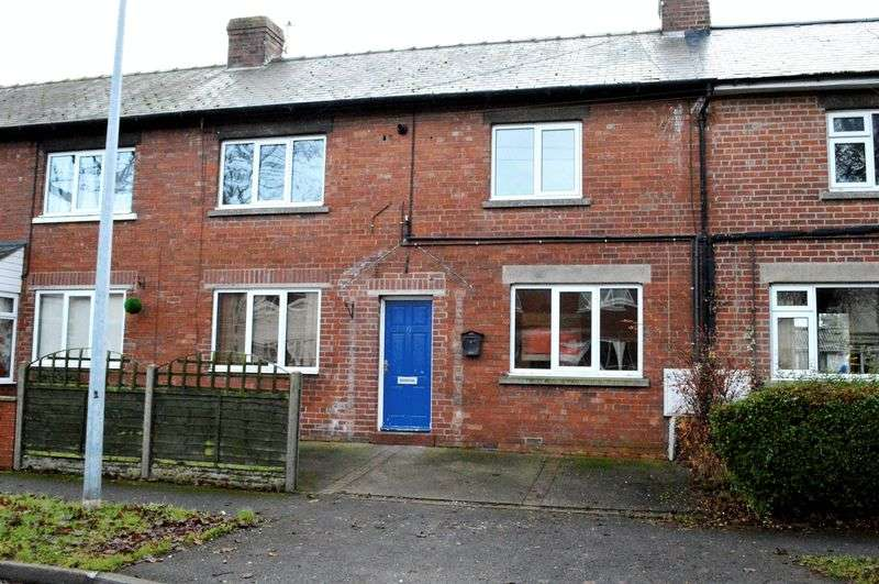 3 Bedrooms Terraced House for sale in Central Square, Brigg