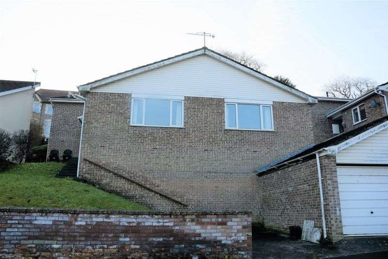 3 Bedrooms Detached House for sale in Faversham Drive, Weston-Super-Mare