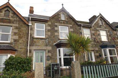 House for sale in Meneage Street, Helston, Cornwall