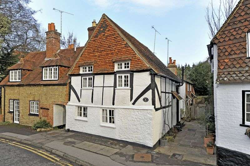 2 Bedrooms Detached House for sale in Godalming