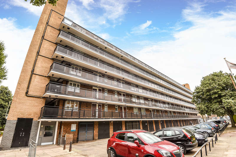 2 Bedrooms Flat for sale in Layard Square, Bermondsey