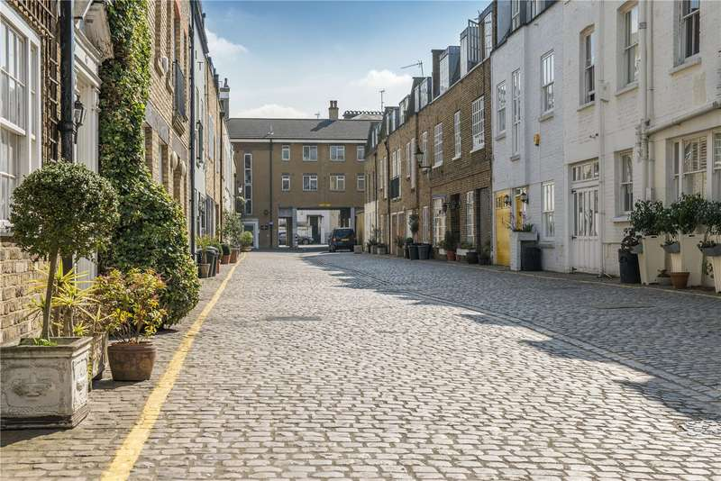 4 Bedrooms Mews House for sale in Coleherne Mews, Chelsea, London, SW10