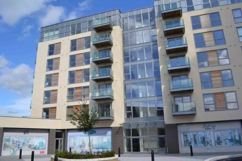 2 Bedrooms Apartment Flat for sale in Cotterells, Hemel Hempstead