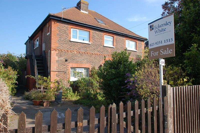 2 Bedrooms Apartment Flat for sale in Monckton Road, Alverstoke, Gosport