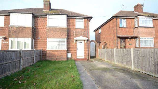 3 Bedrooms Semi Detached House for sale in Hartland Road, Reading, Berkshire