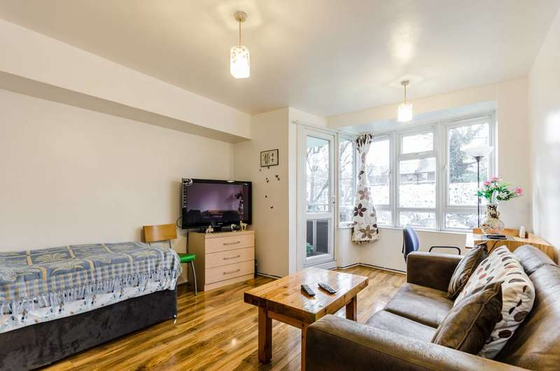 1 Bedroom Flat for sale in Upper Clapton Road, Clapton, E5