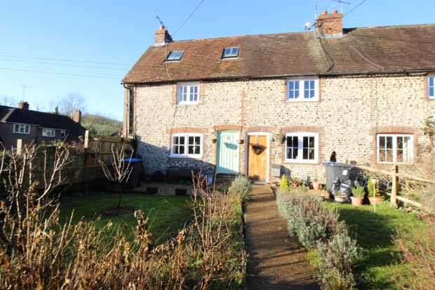 3 Bedrooms Cottage House for sale in Pyecombe Street, Brighton, East Sussex, BN45 7EE