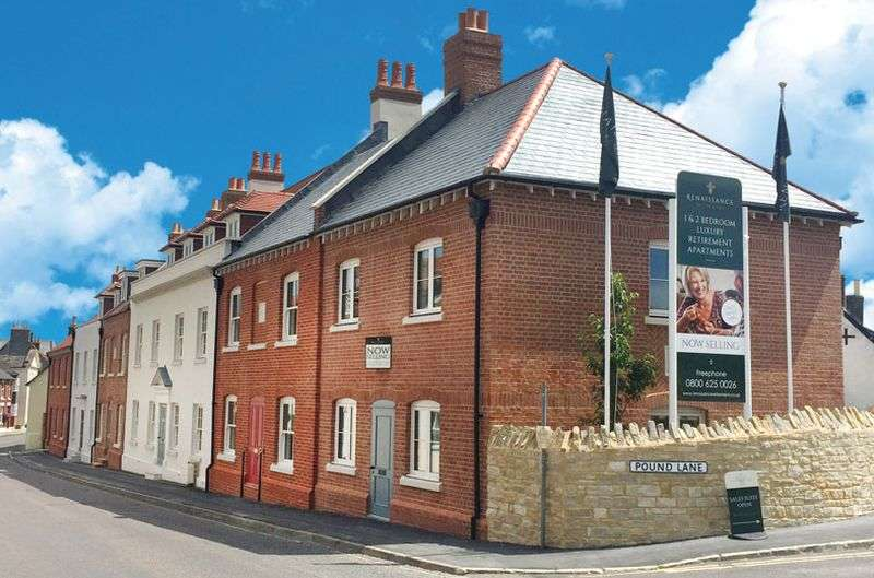 2 Bedrooms Flat for sale in Fleur De Lis,Pound Lane, Wareham: Two bed, second floor retirement apartment- with own parking space