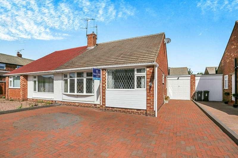 2 Bedrooms Semi Detached Bungalow for sale in Hambledon Avenue, North Shields, NE30