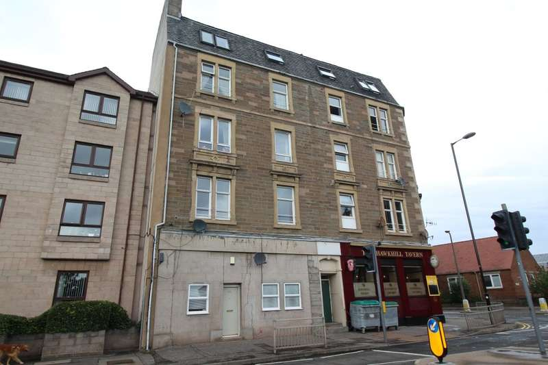 2 Bedrooms Flat for sale in Hawkhill, Dundee, DD2