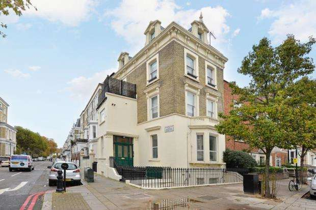 2 Bedrooms Apartment Flat for sale in Finborough Road, Earls Court, London, SW10