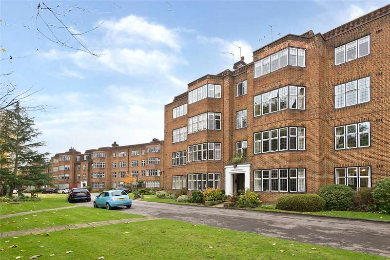 4 Bedrooms Flat for sale in Highlands Heath, Portsmouth Road, London, SW15