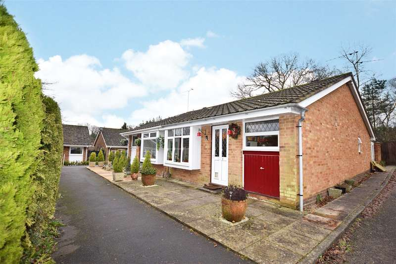2 Bedrooms Semi Detached Bungalow for sale in Madingley, Bracknell, Berkshire, RG12