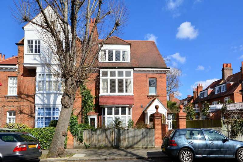 2 Bedrooms Flat for rent in Bedford Road, Bedford Park, W4
