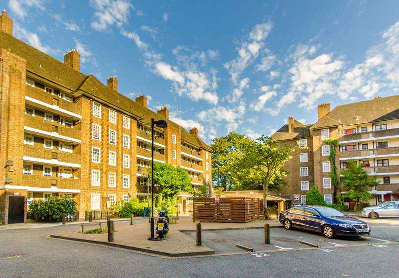 1 Bedroom Flat for sale in Holloway Road, Islington, N7