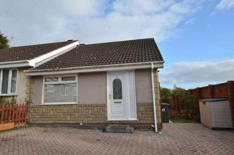 2 Bedrooms Semi Detached Bungalow for sale in Lambourne Rise, Bottesford, Scunthorpe