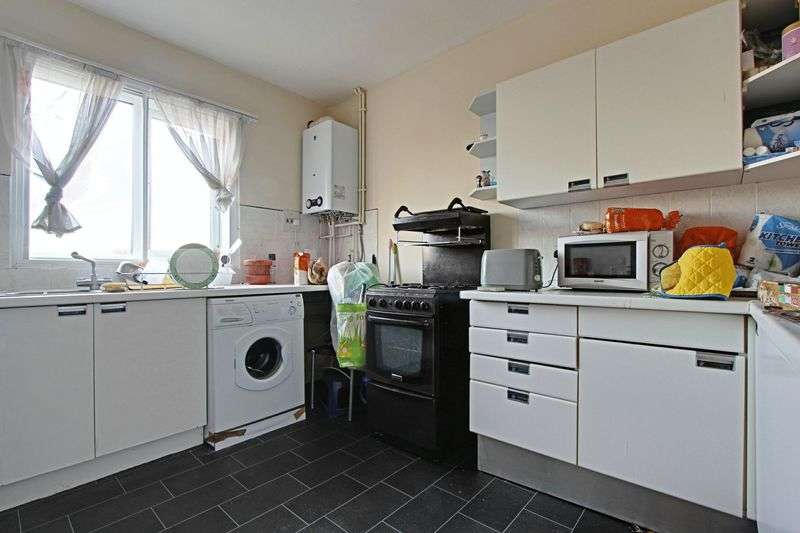 2 Bedrooms Flat for sale in King Street, Cottingham