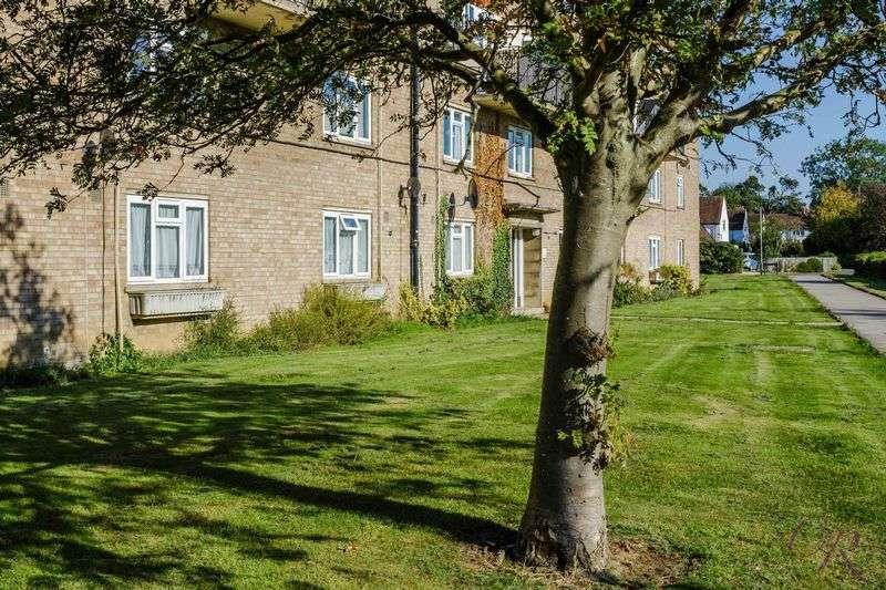 3 Bedrooms Flat for sale in Cheltenham