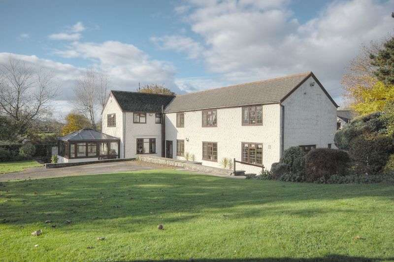 4 Bedrooms Property for sale in Pentwyn Cottage, Llanilid, Pencoed, Nr Bridgend, CF35 5HU