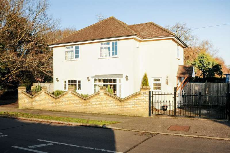 3 Bedrooms House for sale in Beechmont Avenue, Virginia Water