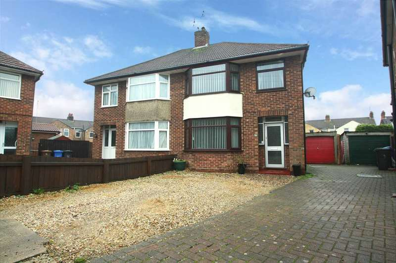 3 Bedrooms Semi Detached House for sale in Edward Close, Ipswich