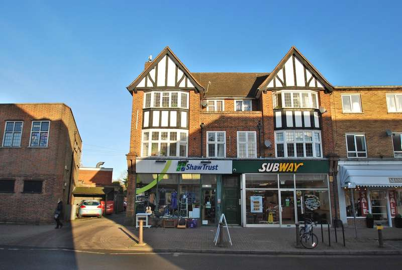 2 Bedrooms Flat for sale in Maxwell Road, Beaconsfield, HP9