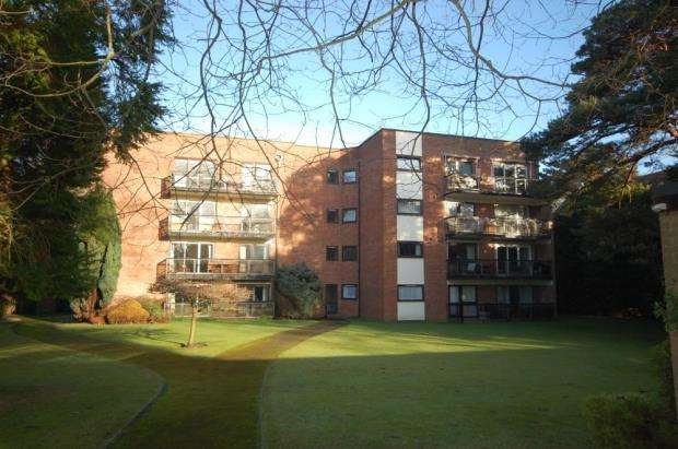 3 Bedrooms Flat for sale in 38 Western Road, Poole, BH13