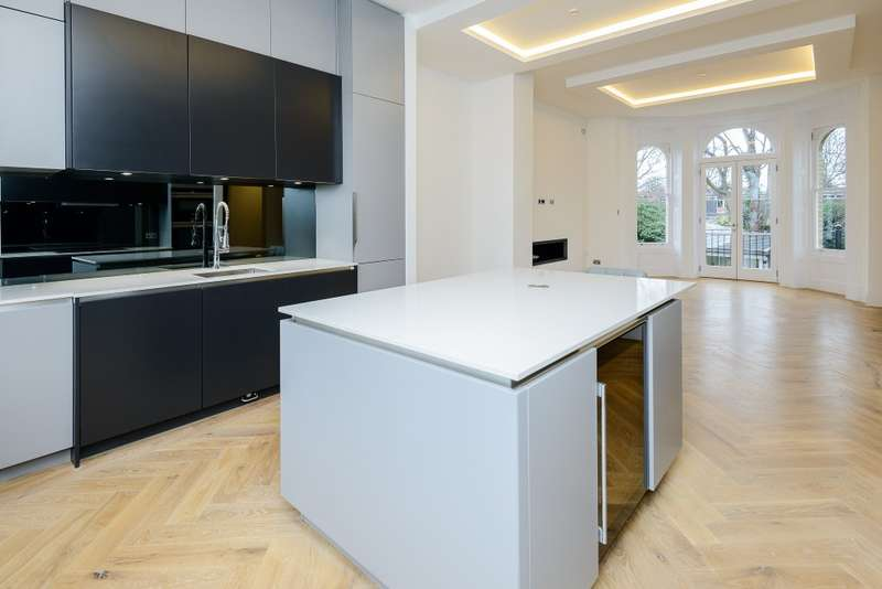 2 Bedrooms Apartment Flat for sale in Twickenham