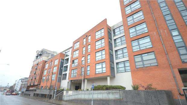 2 Bedrooms Apartment Flat for sale in Kennet Street, Reading, Berkshire