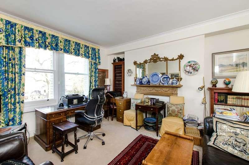 2 Bedrooms Flat for sale in Elm Park Gardens, South Kensington, SW10