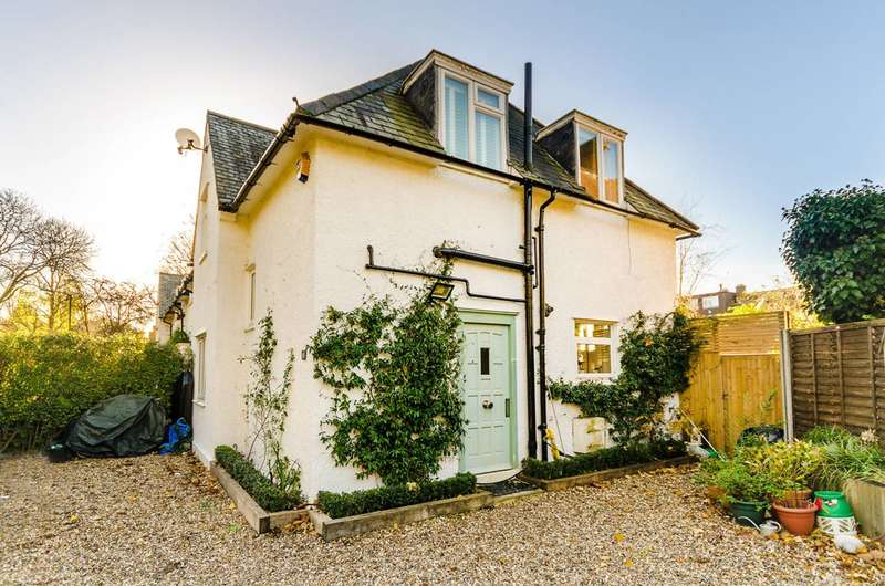 3 Bedrooms House for sale in Putney Park Lane, Putney, SW15