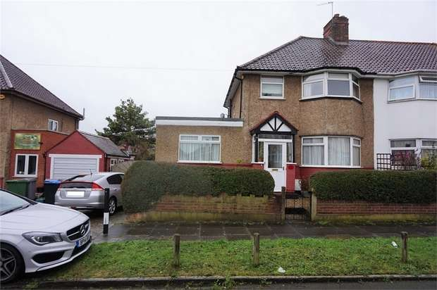 4 Bedrooms Semi Detached House for sale in Wembley Way, Wembley, Middlesex