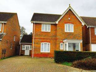 3 Bedrooms Detached House for sale in Haywain Close, Kingsnorth, Ashford, Kent