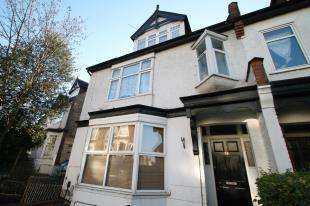 1 Bedroom Flat for sale in Coombe Road, Croydon