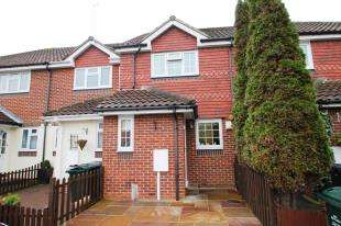 2 Bedrooms Terraced House for sale in Cugley Road, Dartford, Kent