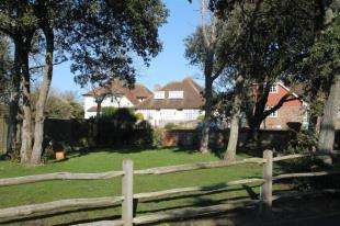 4 Bedrooms Bungalow for sale in Falmer Road, Rottingdean, Brighton, East Sussex