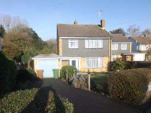 3 Bedrooms Detached House for sale in Talbot Road, Hawkhurst, Cranbrook, Kent