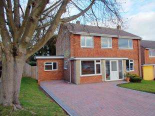 4 Bedrooms Detached House for sale in Hazling Dane, Shepherdswell, Dover, Kent