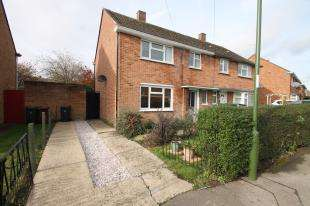 3 Bedrooms End Of Terrace House for sale in John Arundel Road, Chichester, West Sussex