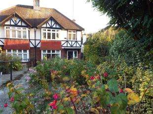 3 Bedrooms Semi Detached House for sale in Montpelier Road, Purley, Surrey