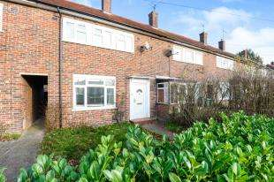 3 Bedrooms Terraced House for sale in Bletchingley Road, Merstham, Redhill, Surrey