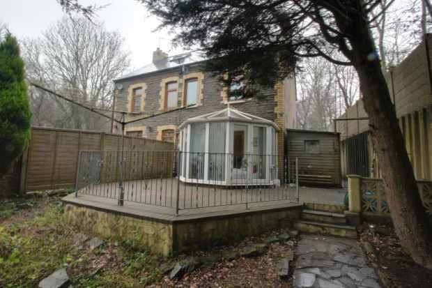 3 Bedrooms Cottage House for sale in Treble Lock Cottages, Cardiff, South Glamorgan, CF15 7PZ