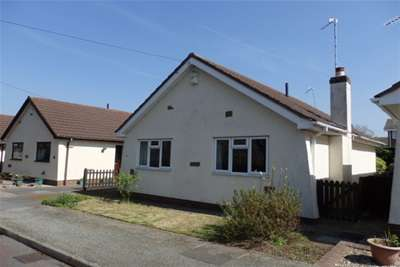 2 Bedrooms Detached Bungalow for rent in Seven Acres Lane Thingwall