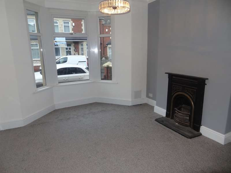 3 Bedrooms Terraced House for sale in Station Street, Barry