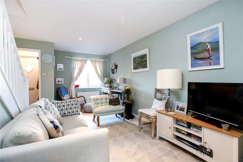 2 Bedrooms Flat for sale in Hopwood Close, London, SW17
