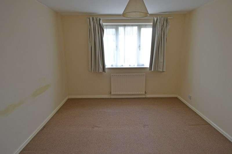 3 Bedrooms Semi Detached House for sale in Stonecroft Avenue, Rednal, Birmingham
