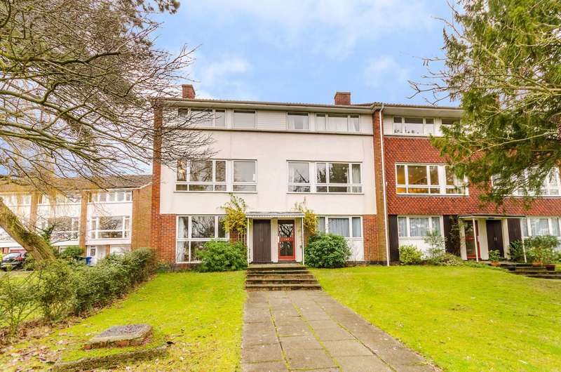 3 Bedrooms Maisonette Flat for sale in Rouse Gardens, West Dulwich, SE21