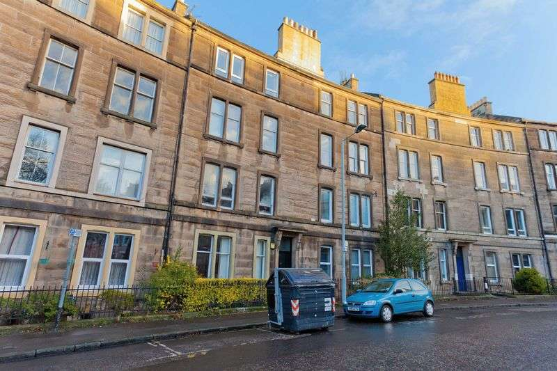 2 Bedrooms Flat for sale in Murieston Crescent, Dalry Edinburgh