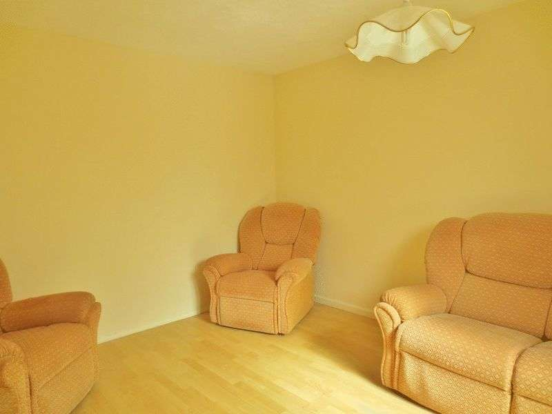 4 Bedrooms Terraced House for rent in Staplefield Drive, Brighton